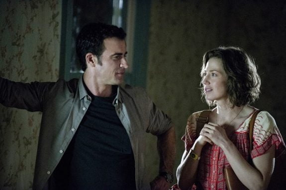 Justin Theroux as Kevin and Carrie Coon as Nora in The Leftovers. © HBO.